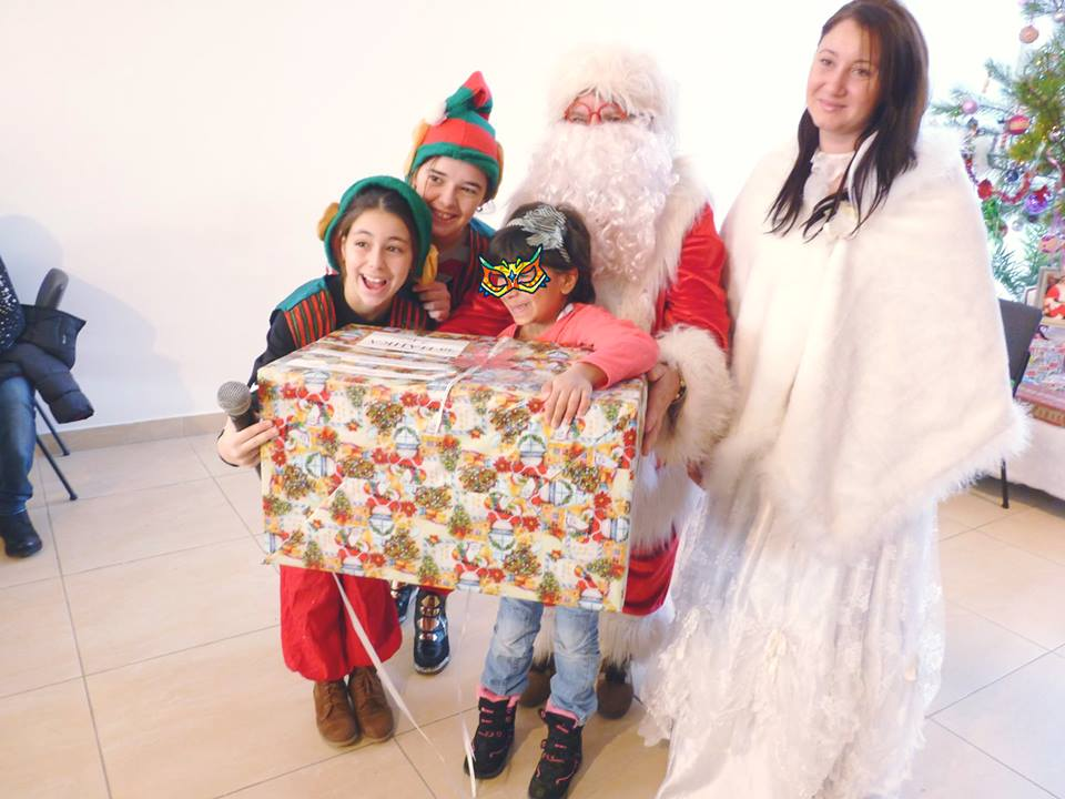 Точно 7000 деца от 364 институции получиха своя подарък